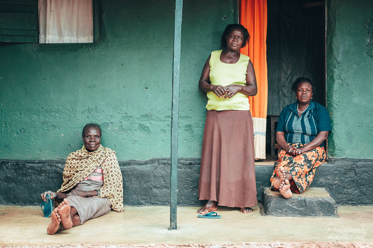 sharp focus, how to get sharp photos | Photo: Portrait of 3 women in Kampala Uganda ©Karin van Mierlo, Photography Playground
