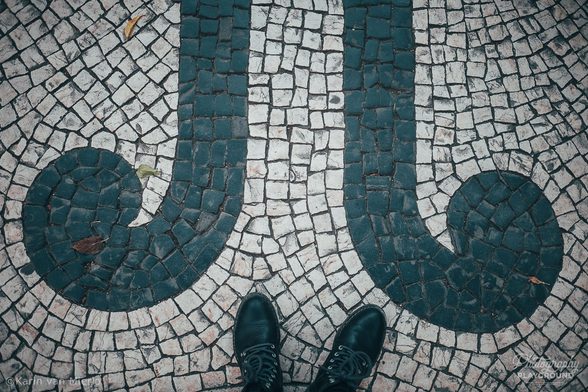 See Fresh: Finding Your Photo Mojo | Photo ©Karin van Mierlo | Photography Playground | Feet on the sidewalk in Lisbon, Portugal