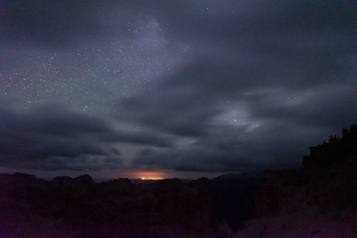 night photography tips, settings for night photography, astrophotography, how to take photos of the night sky, how to photograph the stars | Photography Playground